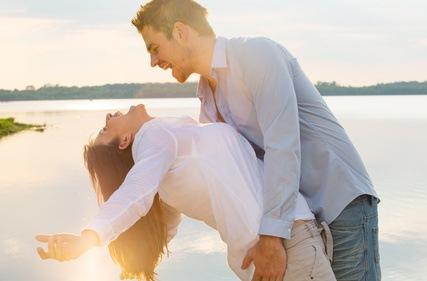 8 Tipps für eine attraktive Partnerschaft - Beziehungs - ABC